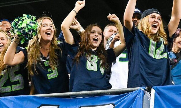 Videocast: Thursday Night Football Game Preview / Rams @ Seahawks